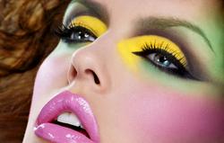 001-p-161864-duval-luke_mac_makeup